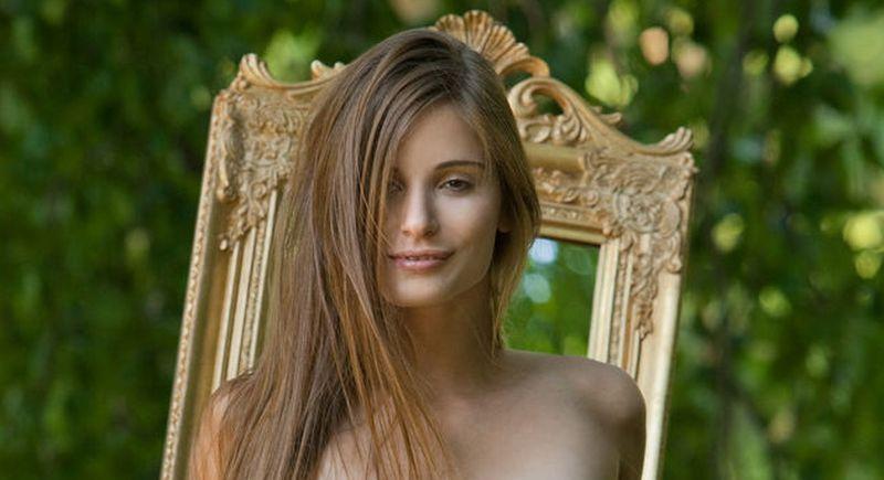 Selfies lena nackt Lena Dunham